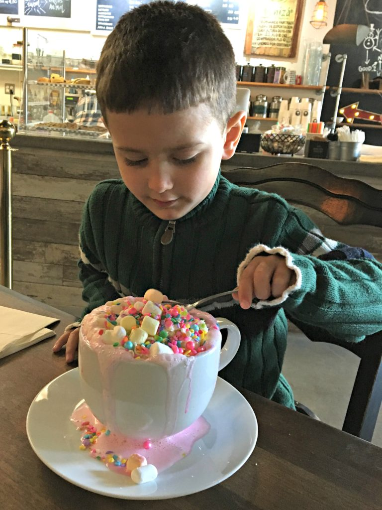 Unicorn Hot Chocolate at Creme & Sugar